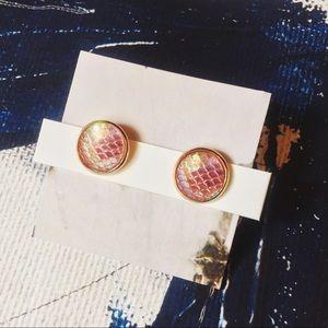 Jewelry - •Sprite•••> Iridescent Studs